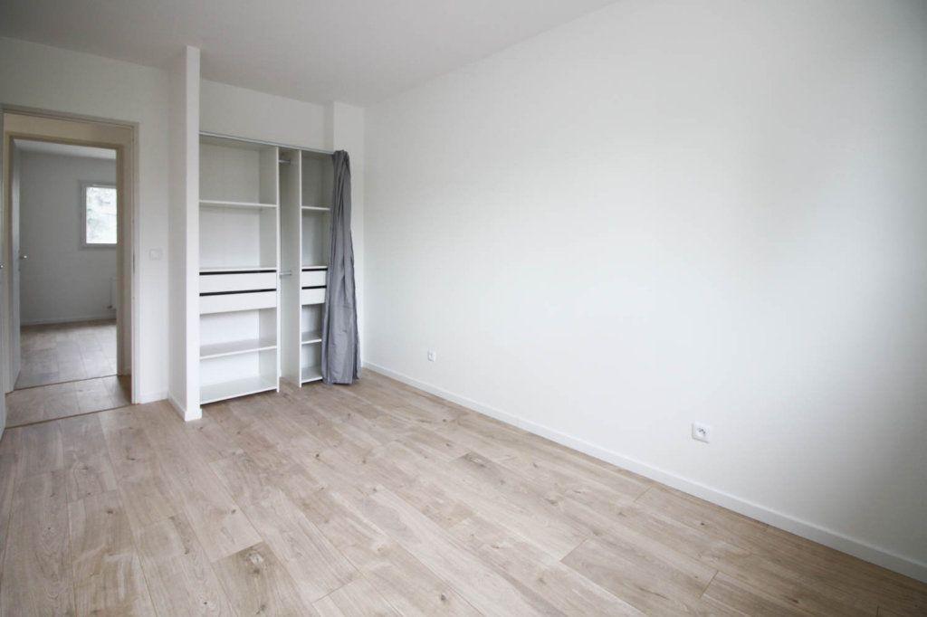 Maison à louer 4 85.98m2 à Argenteuil vignette-5