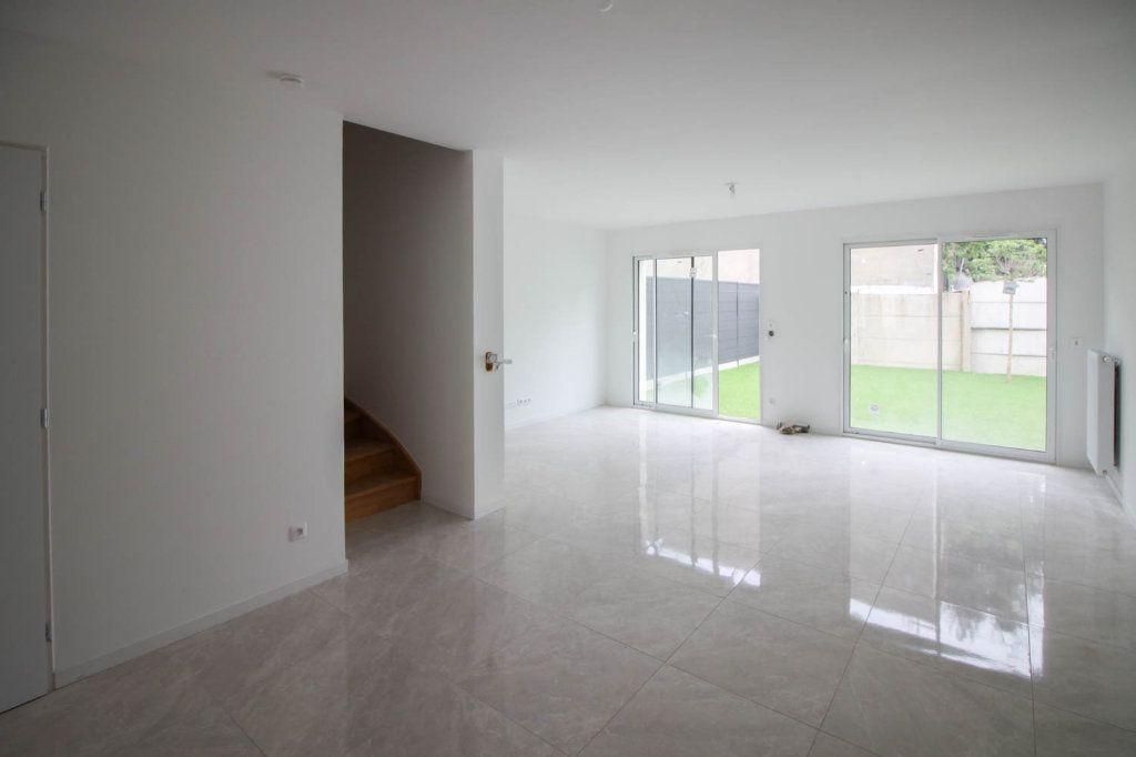 Maison à louer 4 85.98m2 à Argenteuil vignette-3