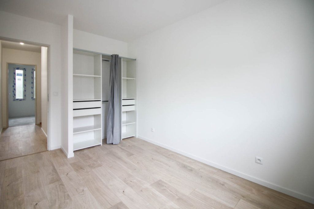Maison à louer 4 85.98m2 à Argenteuil vignette-7