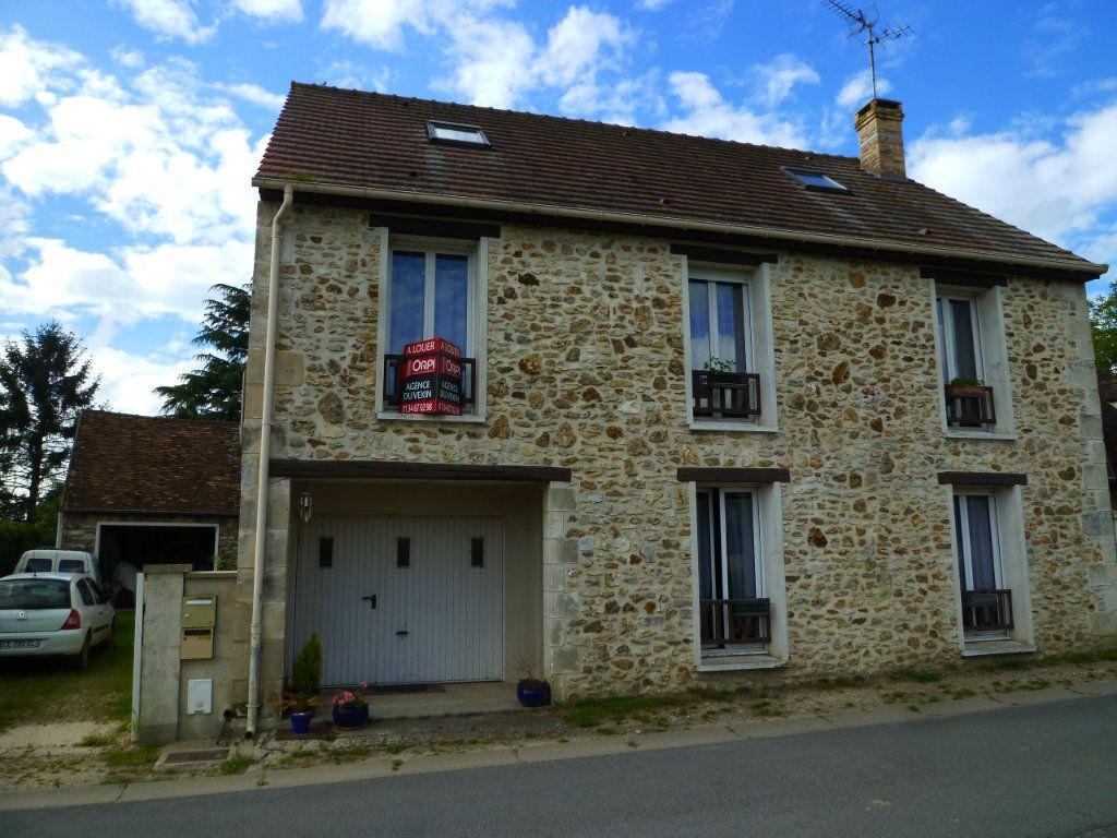 Maison à louer 4 105m2 à Chavençon vignette-1