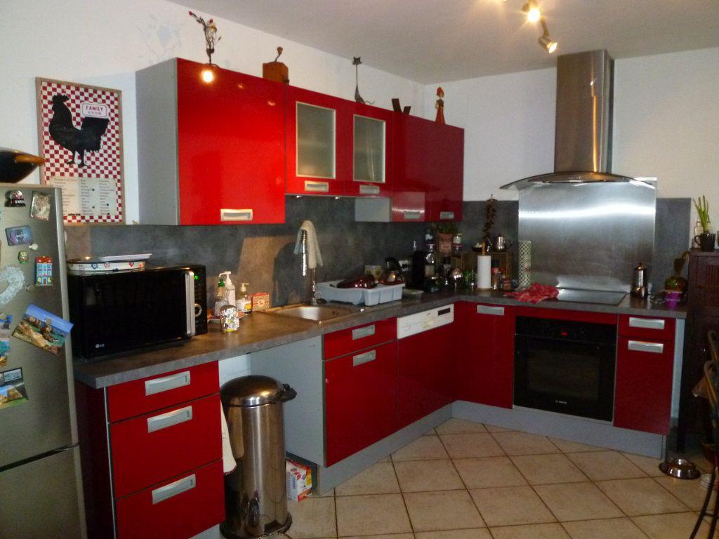 Maison à louer 4 105m2 à Chavençon vignette-4