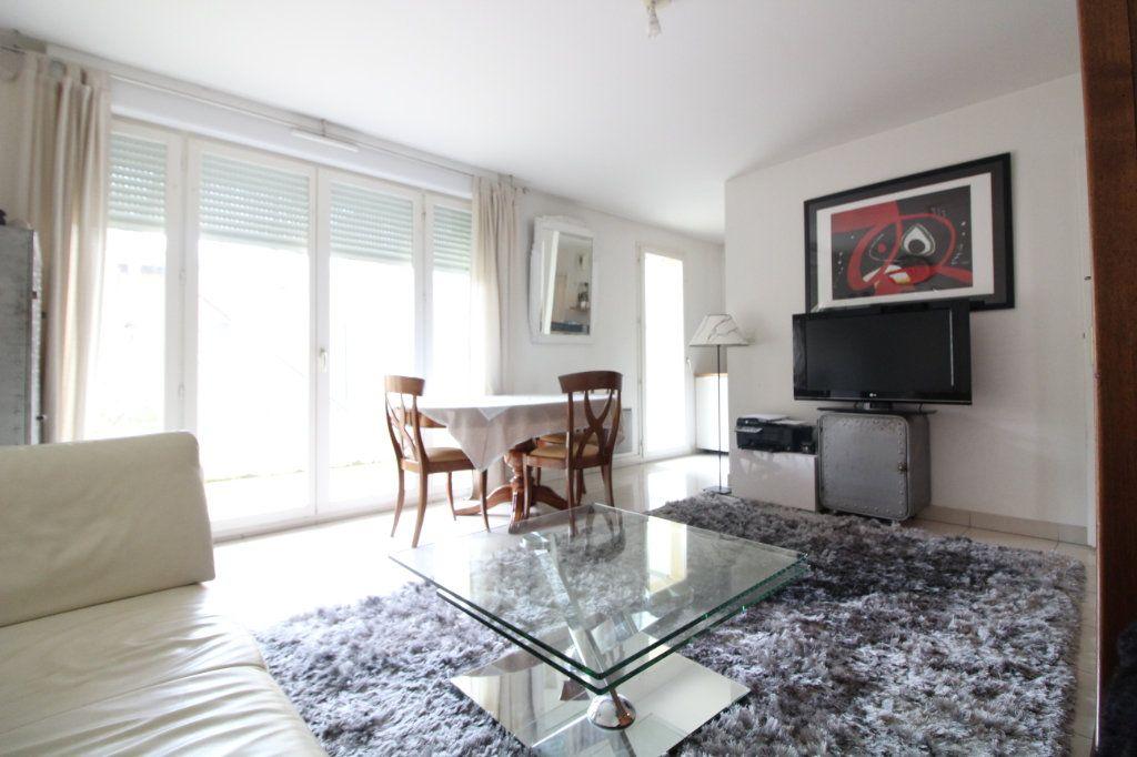 Appartement à vendre 3 60.86m2 à Crépy-en-Valois vignette-1