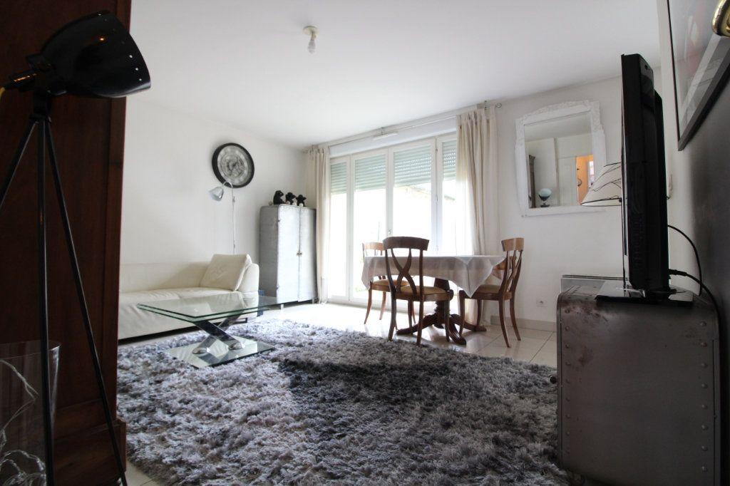 Appartement à vendre 3 60.86m2 à Crépy-en-Valois vignette-2