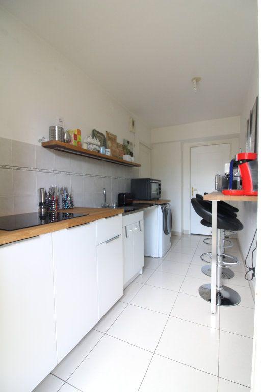 Appartement à vendre 3 60.86m2 à Crépy-en-Valois vignette-6