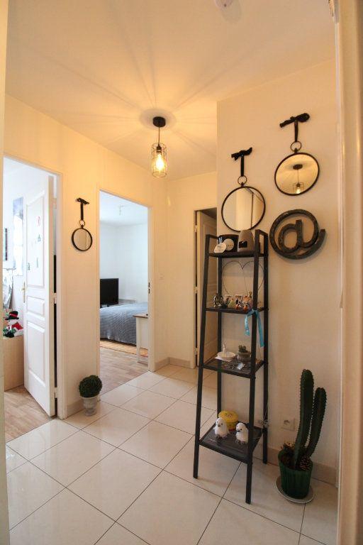 Appartement à vendre 3 60.86m2 à Crépy-en-Valois vignette-9