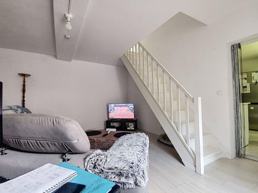 Appartement à louer 3 60m2 à Verberie vignette-3