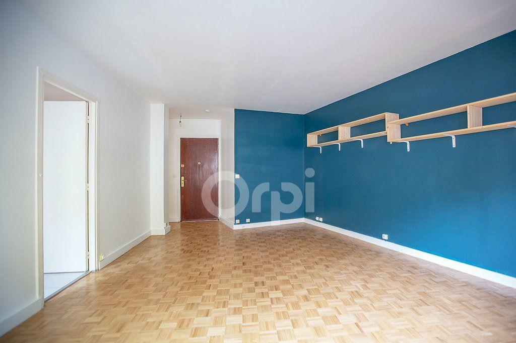 Appartement à vendre 1 33.6m2 à Montrouge vignette-4