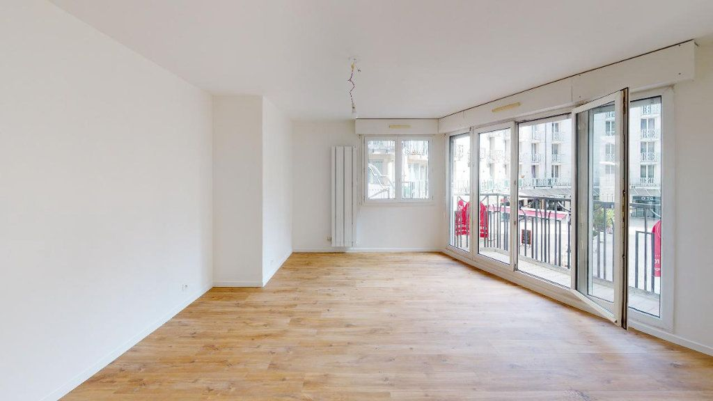 Appartement à louer 3 62m2 à Montrouge vignette-1