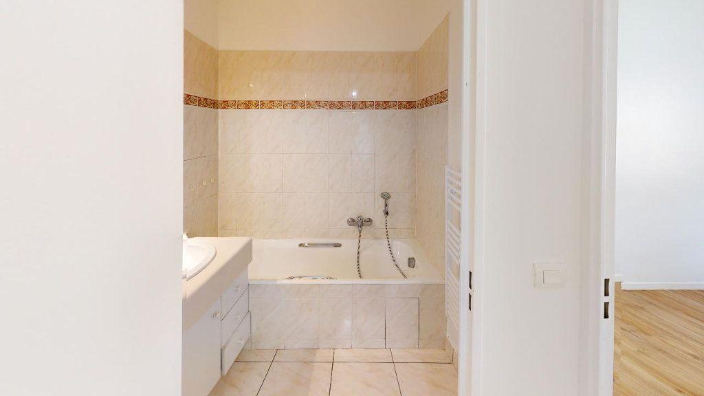 Appartement à louer 3 62m2 à Montrouge vignette-4