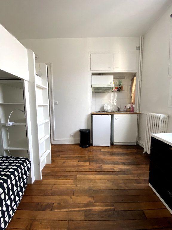 Appartement à louer 1 13m2 à Montrouge vignette-3