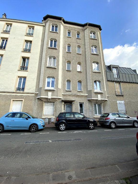 Appartement à louer 1 13m2 à Montrouge vignette-7