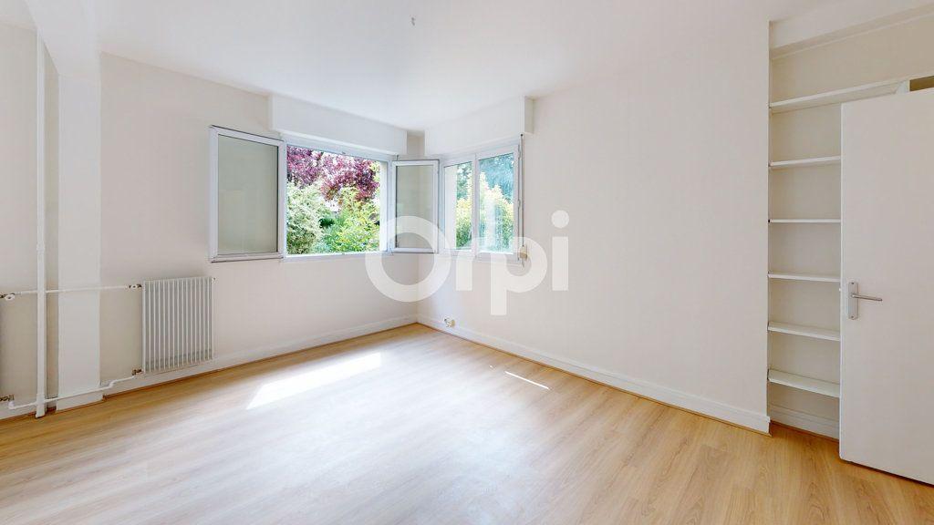 Appartement à vendre 4 65.01m2 à Montrouge vignette-1