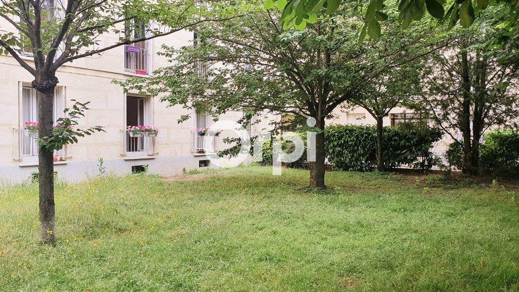 Appartement à vendre 4 80.78m2 à Montrouge vignette-8