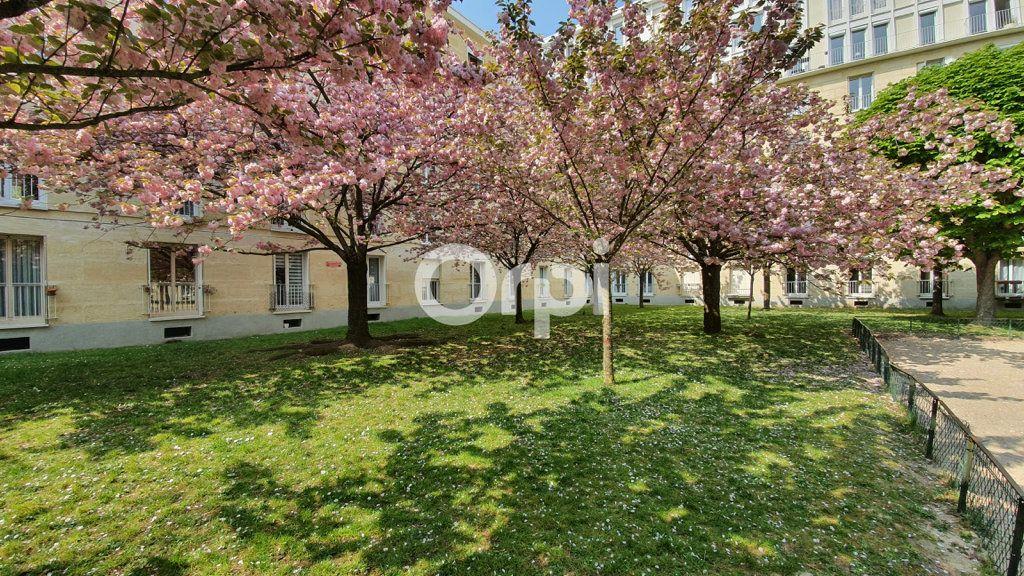 Appartement à vendre 4 80.78m2 à Montrouge vignette-9