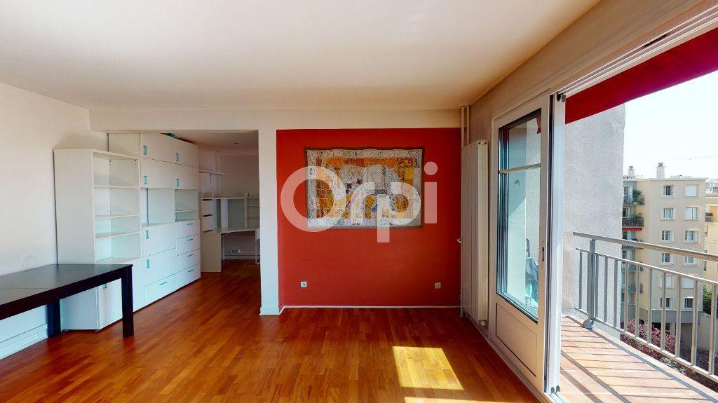 Appartement à vendre 4 71.65m2 à Montrouge vignette-5