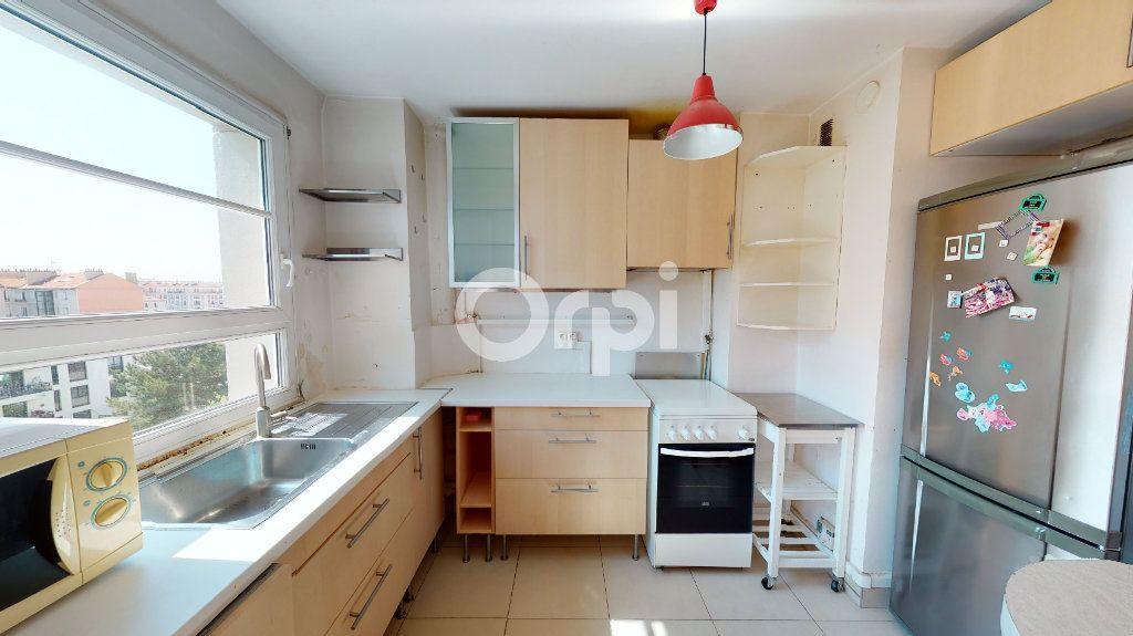 Appartement à vendre 4 71.65m2 à Montrouge vignette-7