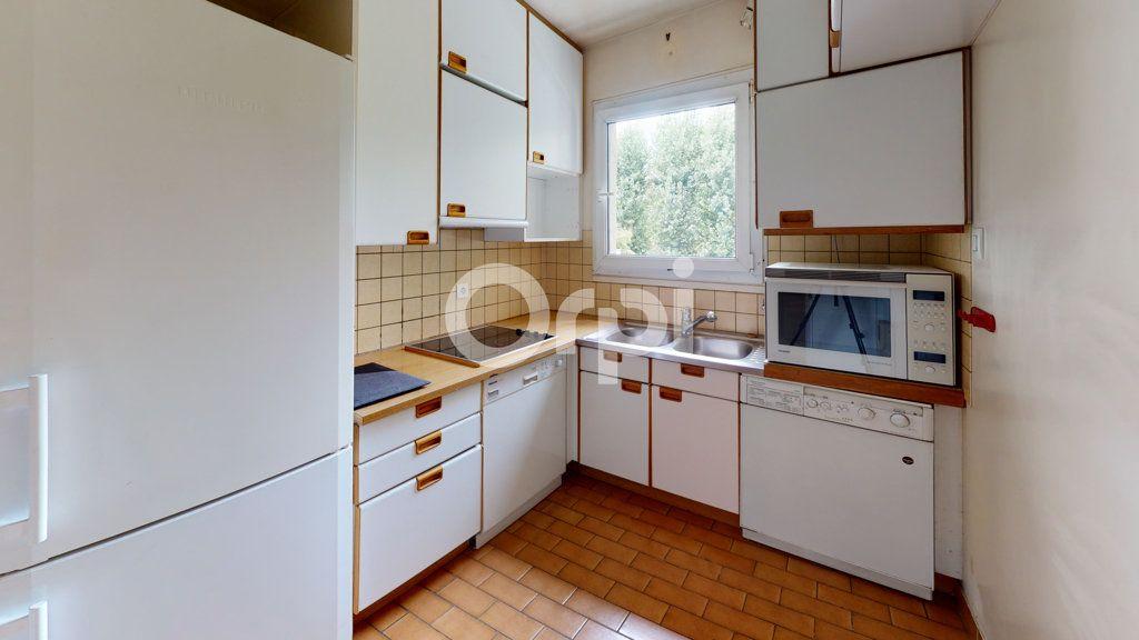 Appartement à vendre 3 65.95m2 à Montrouge vignette-6