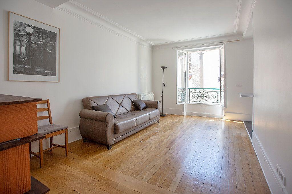 Appartement à louer 2 36.59m2 à Montrouge vignette-2