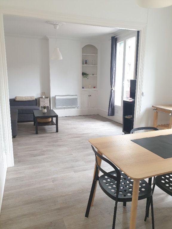 Appartement à louer 2 45m2 à Montrouge vignette-1