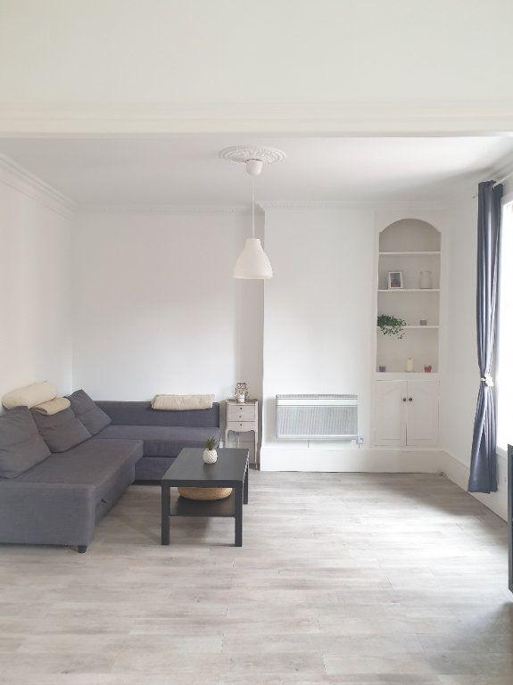 Appartement à louer 2 45m2 à Montrouge vignette-3