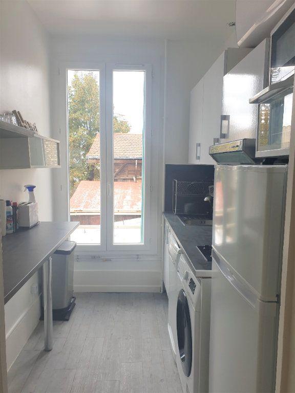 Appartement à louer 2 45m2 à Montrouge vignette-4