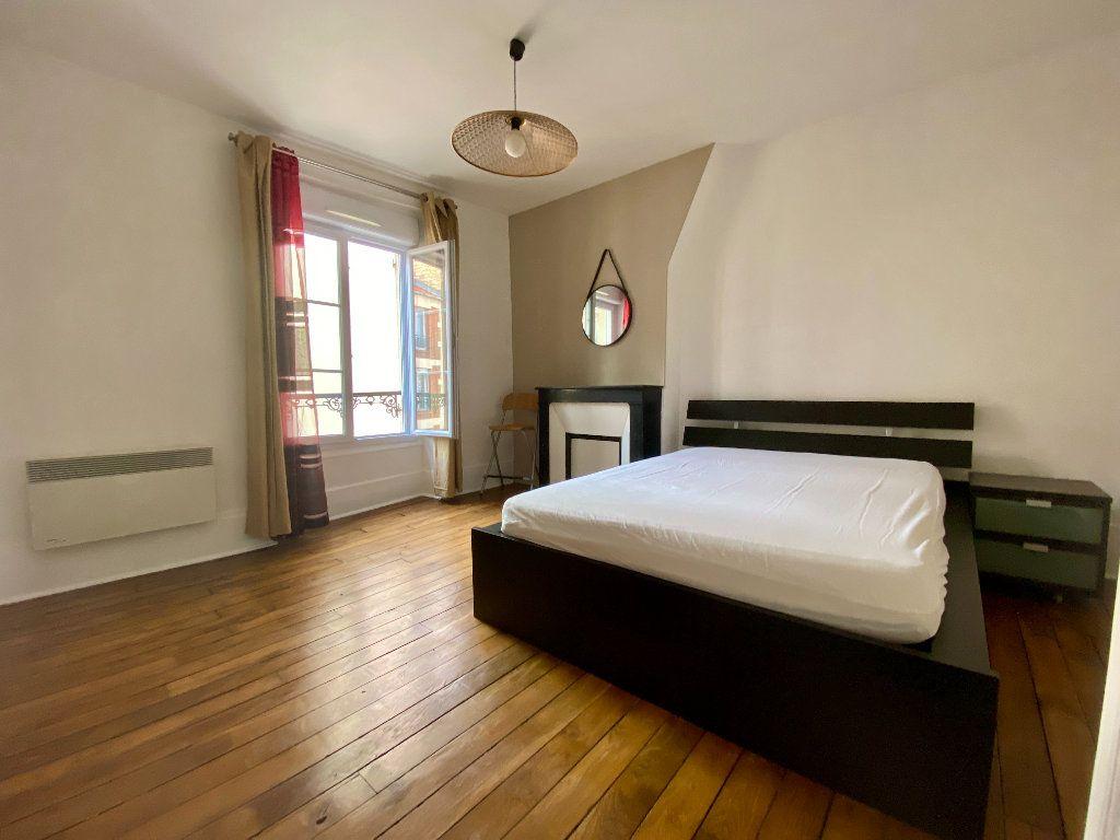 Appartement à louer 2 43.22m2 à Montrouge vignette-3