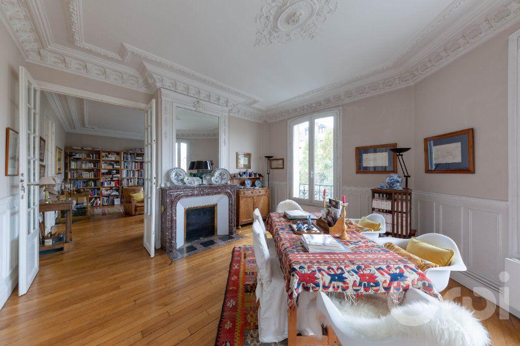 Appartement à vendre 6 173.25m2 à Paris 10 vignette-5