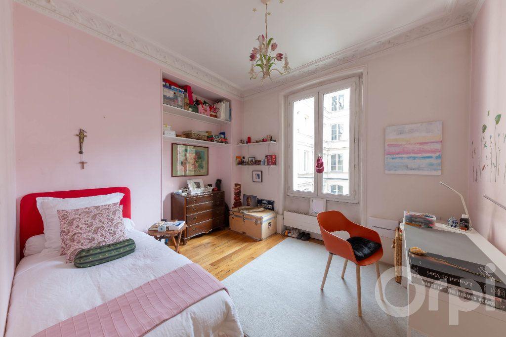 Appartement à vendre 6 173.25m2 à Paris 10 vignette-12