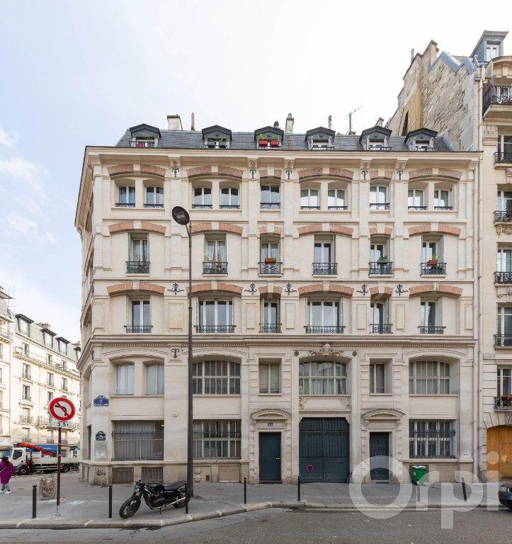 Appartement à vendre 6 173.25m2 à Paris 10 vignette-15
