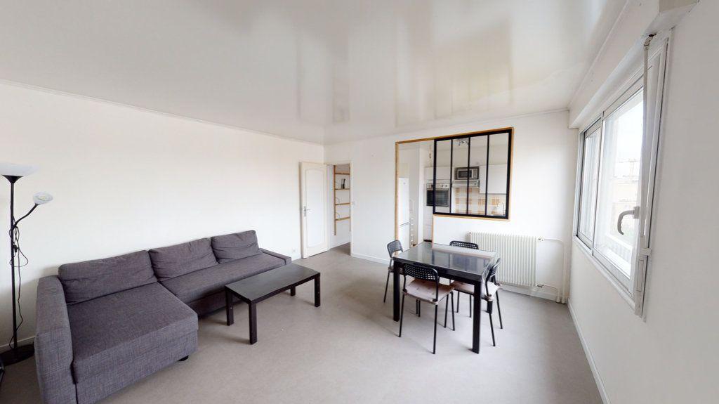 Appartement à louer 2 48m2 à Montrouge vignette-1
