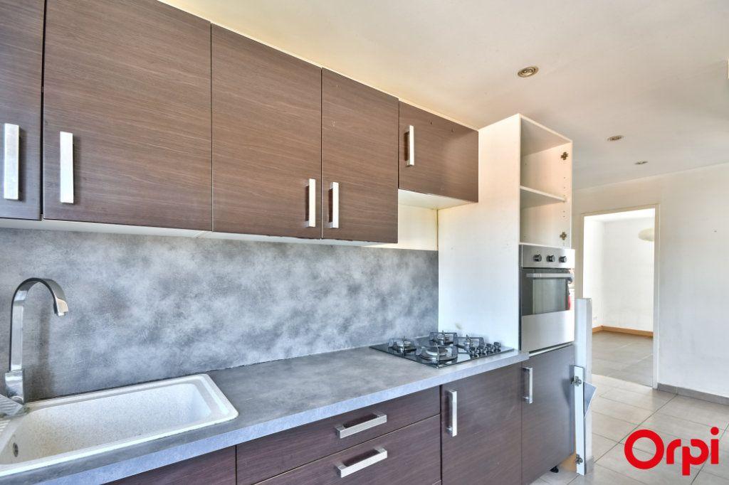 Appartement à vendre 3 52.41m2 à Vaulx-en-Velin vignette-9