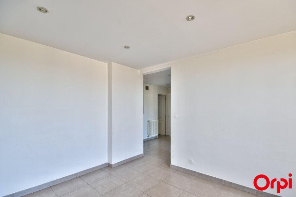 Appartement à vendre 3 52.41m2 à Vaulx-en-Velin vignette-10