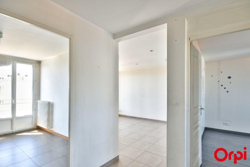 Appartement à vendre 3 52.41m2 à Vaulx-en-Velin vignette-11
