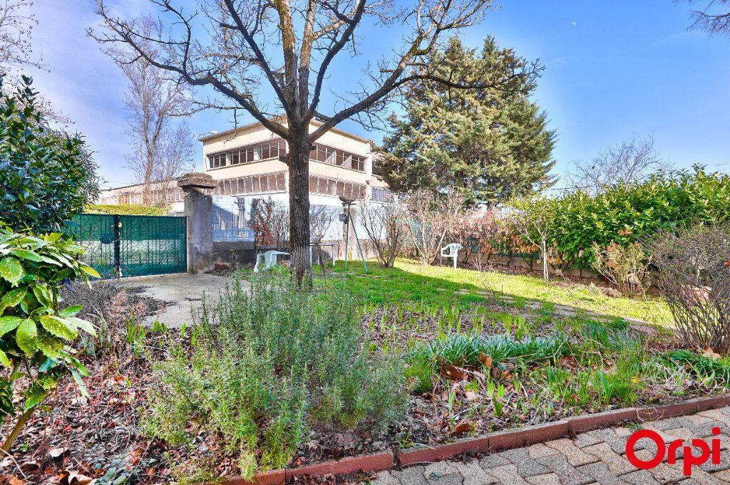 Maison à vendre 4 68m2 à Vaulx-en-Velin vignette-2