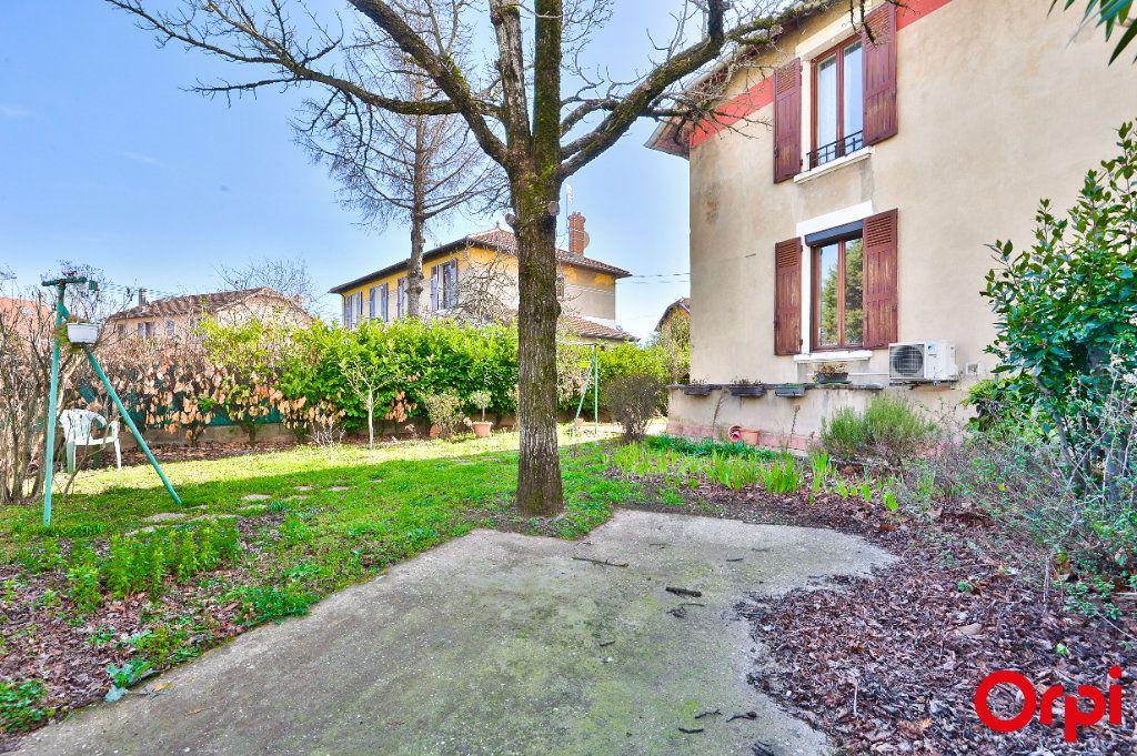 Maison à vendre 4 68m2 à Vaulx-en-Velin vignette-3