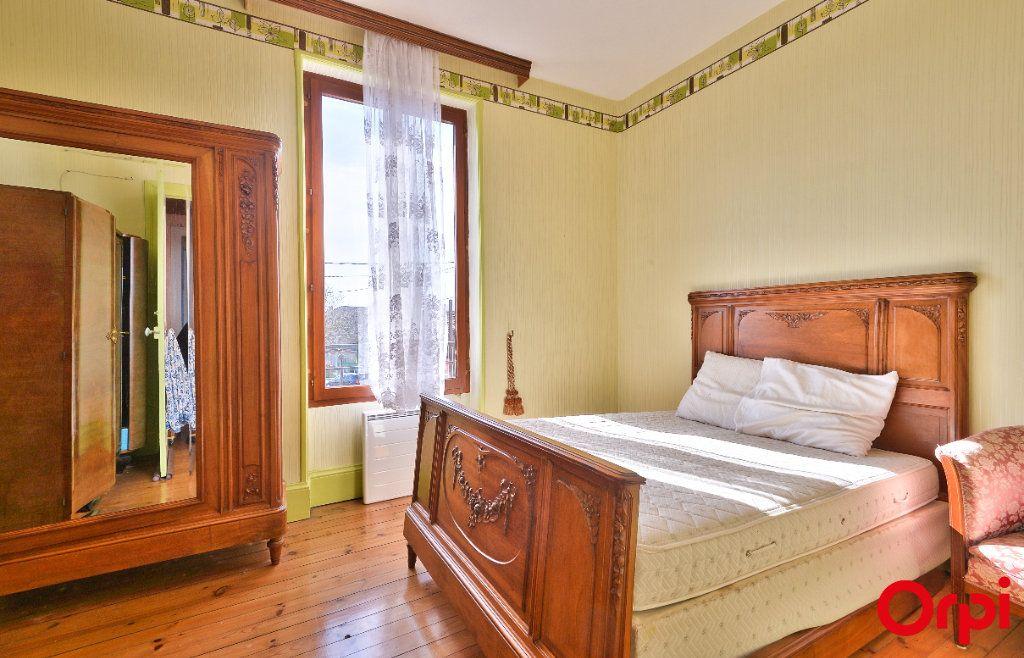 Maison à vendre 4 68m2 à Vaulx-en-Velin vignette-5