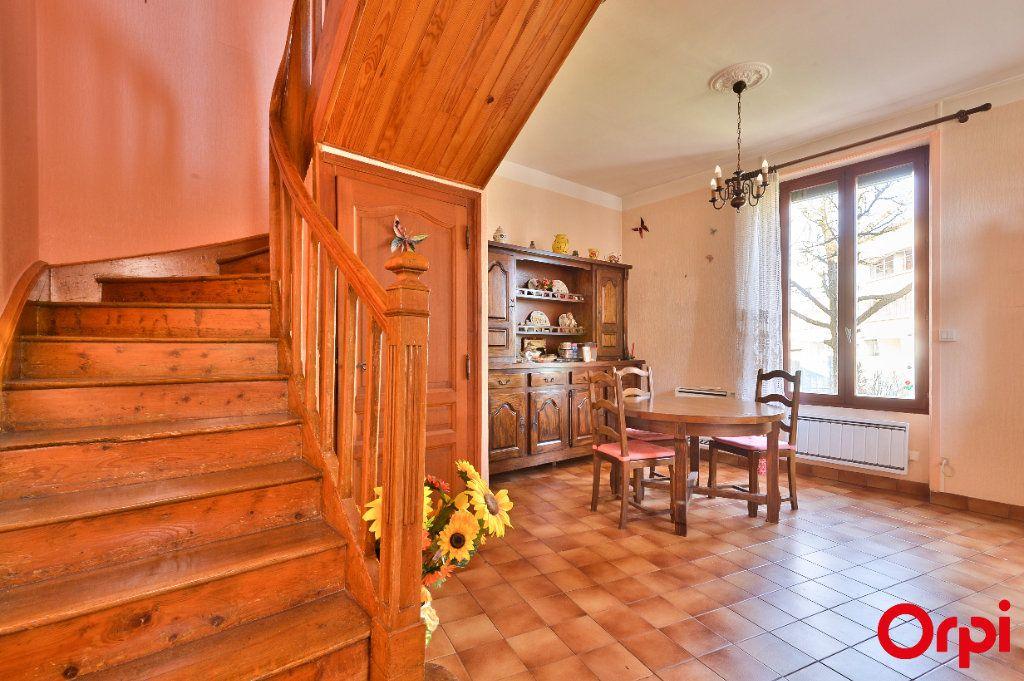 Maison à vendre 4 68m2 à Vaulx-en-Velin vignette-6