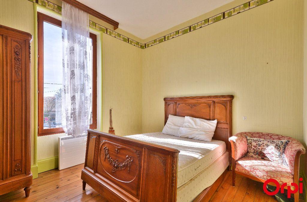 Maison à vendre 4 68m2 à Vaulx-en-Velin vignette-9