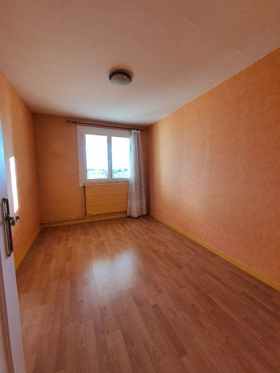 Appartement à louer 3 73m2 à Vaulx-en-Velin vignette-7