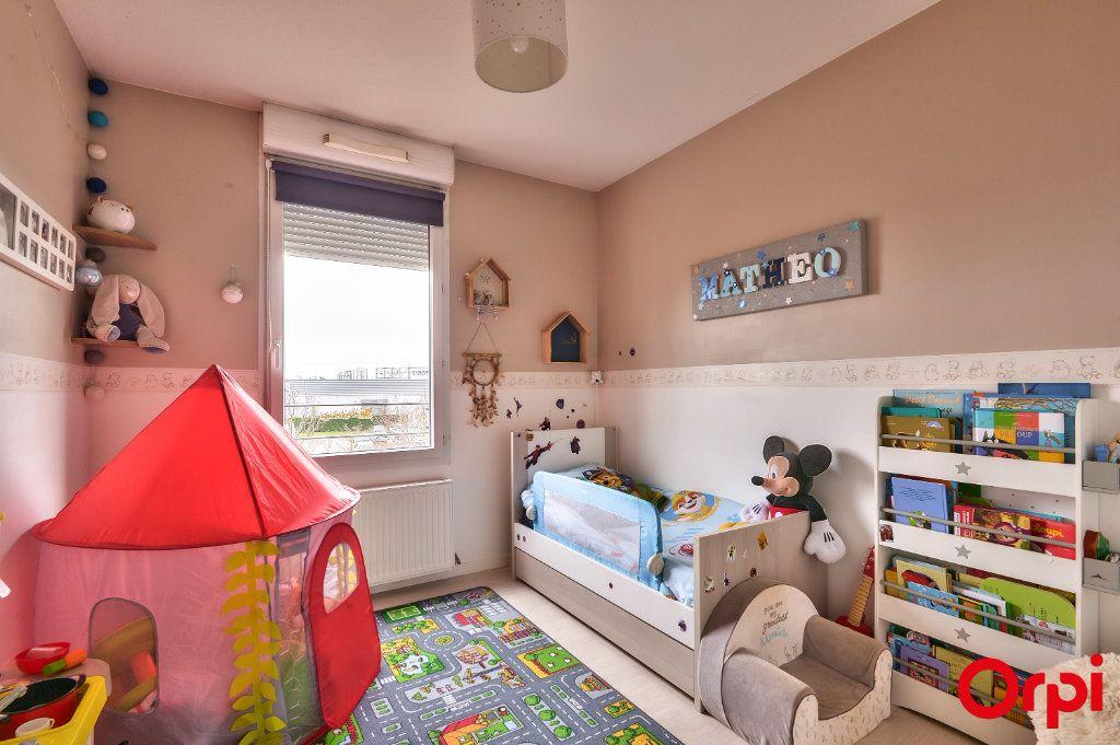 Appartement à vendre 3 66m2 à Vaulx-en-Velin vignette-10