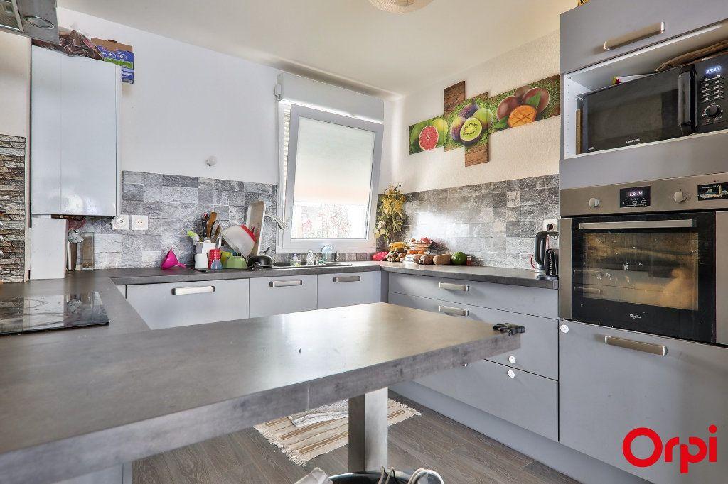 Maison à vendre 4 91.7m2 à Vaulx-en-Velin vignette-7