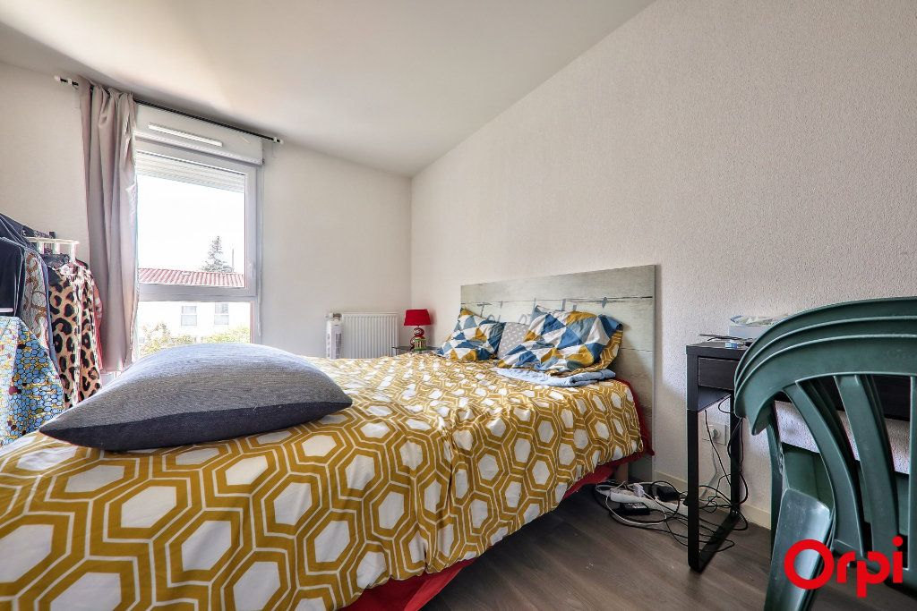Maison à vendre 4 91.7m2 à Vaulx-en-Velin vignette-11