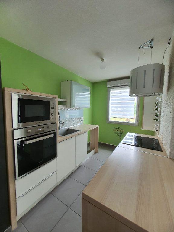 Appartement à louer 2 45.45m2 à Vaulx-en-Velin vignette-2
