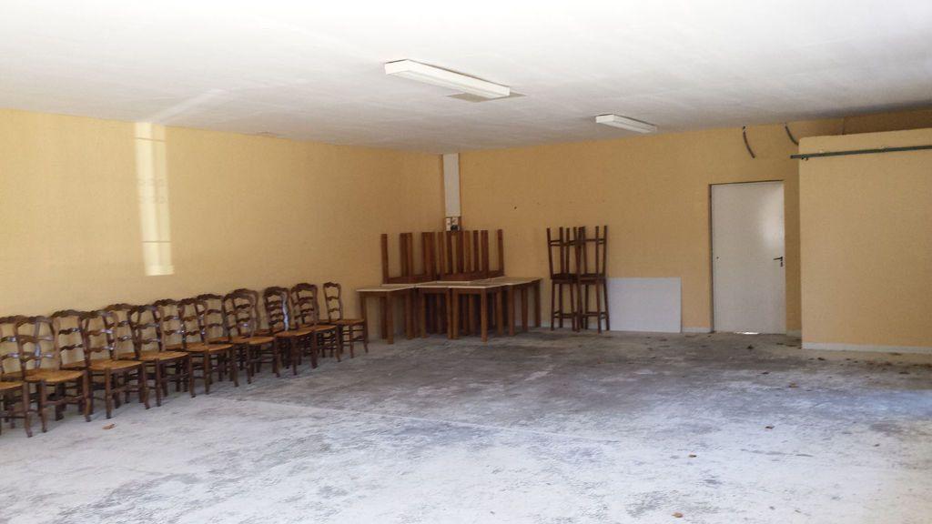 Maison à vendre 9 161.58m2 à Saint-André-de-Seignanx vignette-11