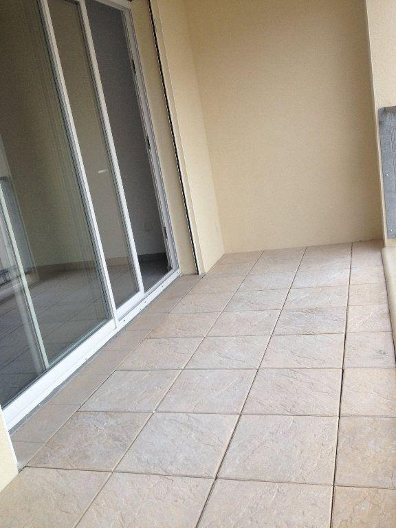 Appartement à louer 3 52.46m2 à Dax vignette-6