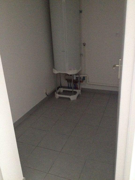 Appartement à louer 3 52.46m2 à Dax vignette-7
