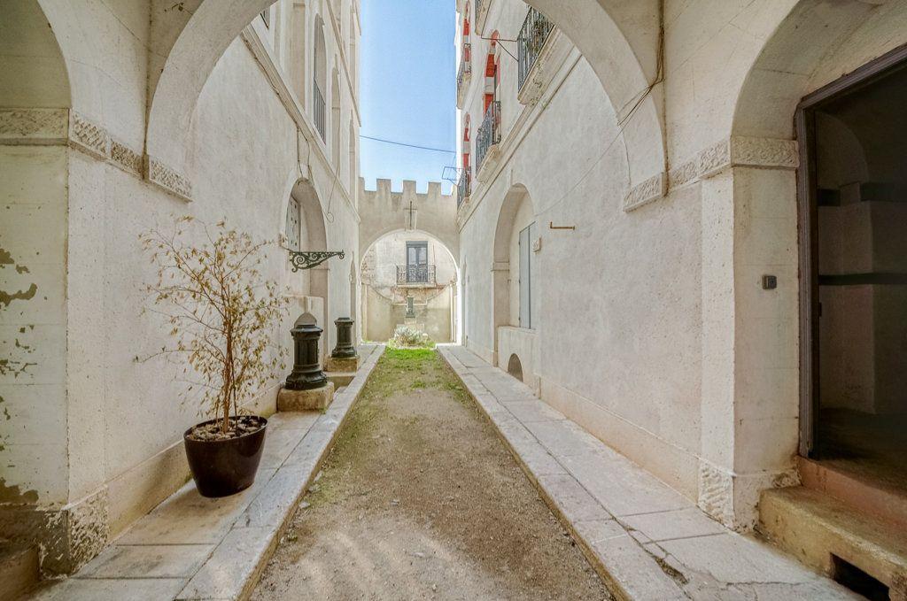 Appartement à vendre 5 111.22m2 à Frontignan vignette-4