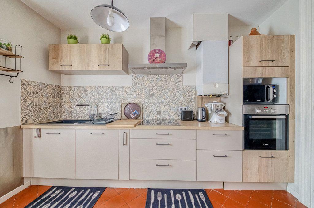 Appartement à vendre 5 111.22m2 à Frontignan vignette-6