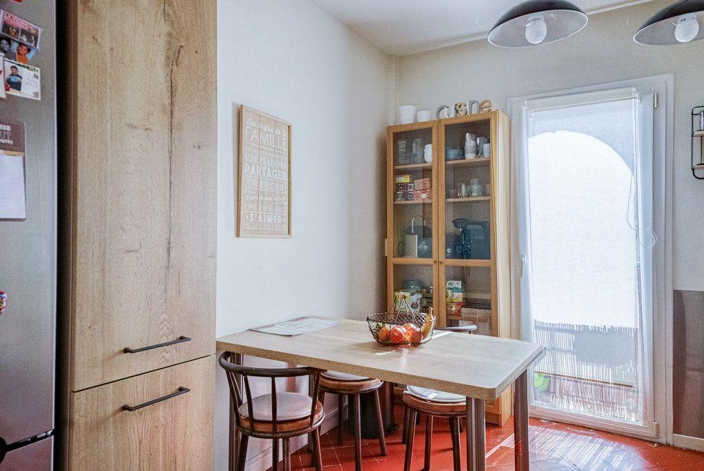 Appartement à vendre 5 111.22m2 à Frontignan vignette-7