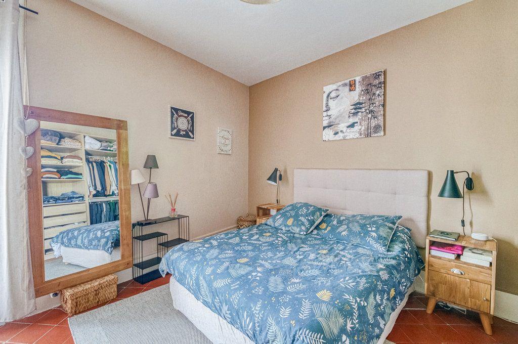 Appartement à vendre 5 111.22m2 à Frontignan vignette-9